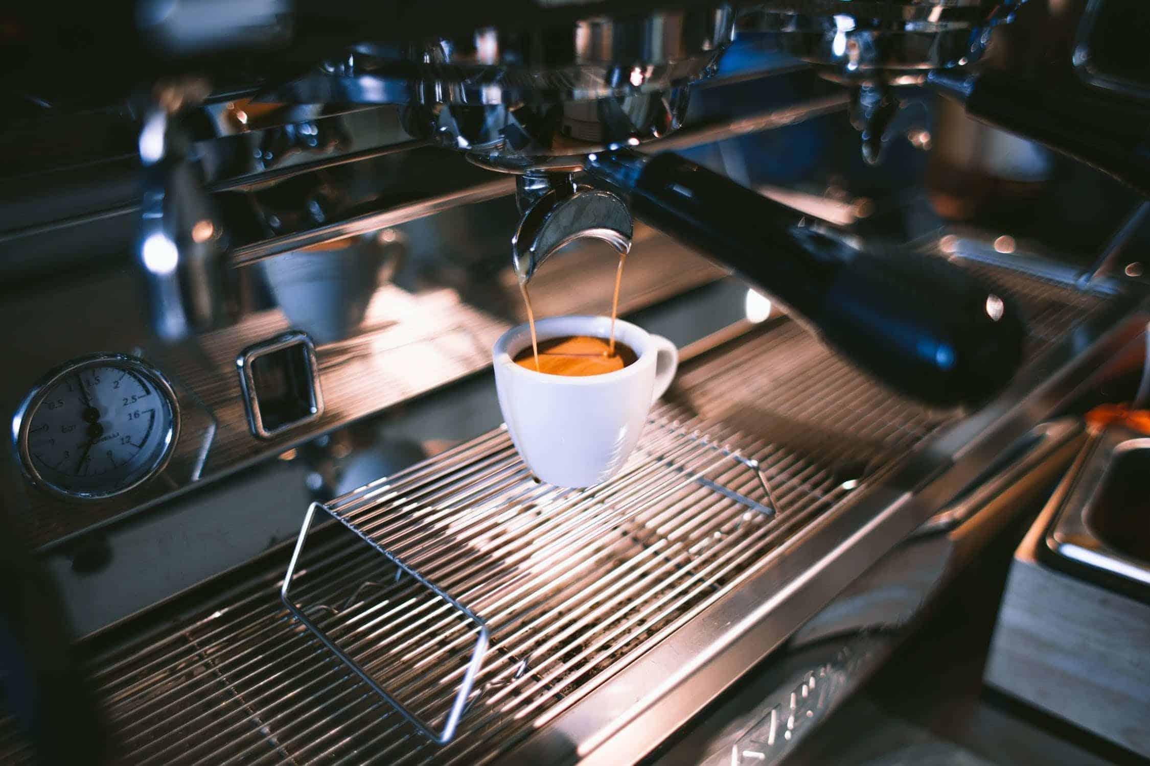 3 Factors to Help You Compare Espresso Machines
